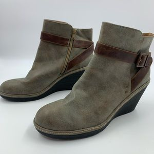 Sofft Euro Soft Boots 11 Abbey Wedge Ankle Booties